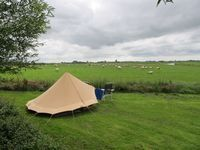 Camping it Dreamlân